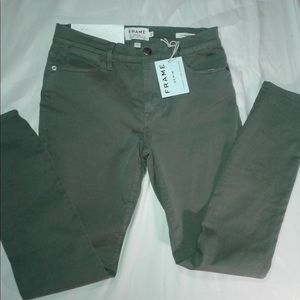 New FRAME DENIM Skinny Pant